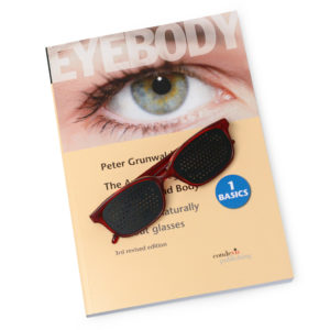 Eyebody_Book_english_glasses_red_DSC_1597
